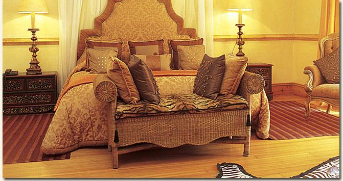 Moor Suite Bedroom / Hartford House