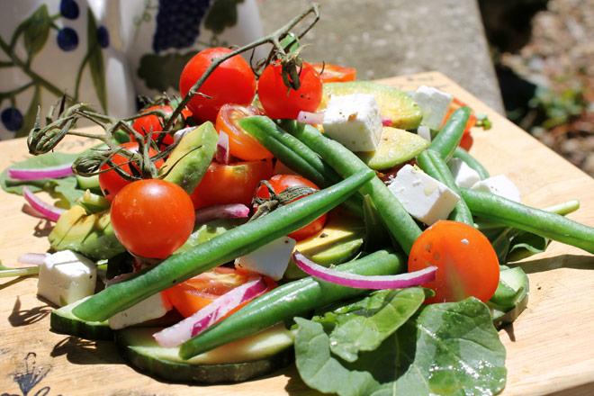 Lettuce-Free Salad Photo : Jackie Cameron