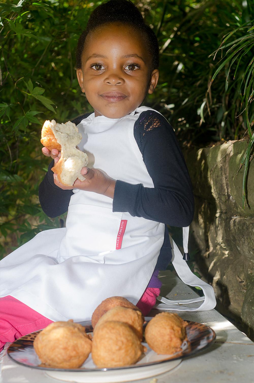 Ntando and her Amagwinya / Karen E Photography (p)