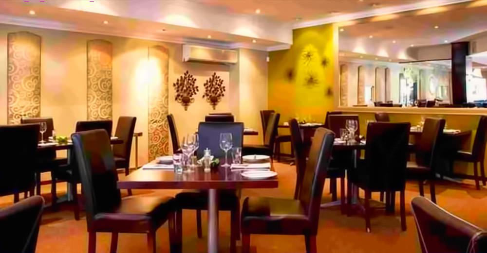 DW Eleven-13 Restaurant