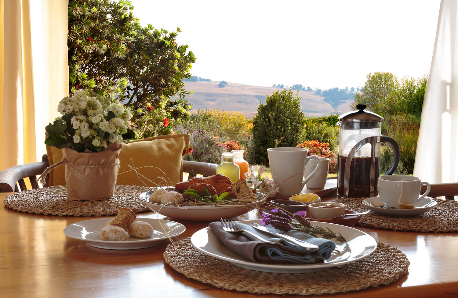breakfast-views-at-country-hideaways.jpg