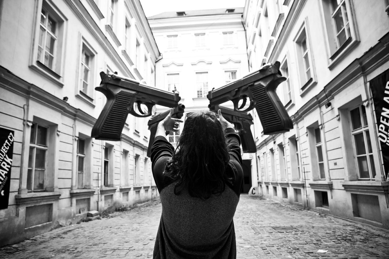 DannyKass_Guns_Prague_SilvanoZeiter.jpg