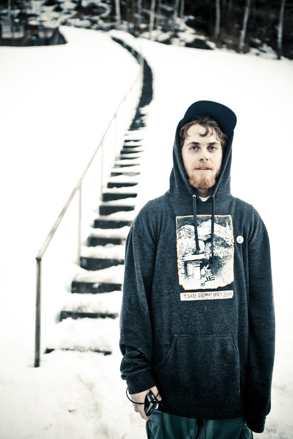 BrandonCocard_Absinthe_Snowboarder_SIlvanoZeiter.jpg