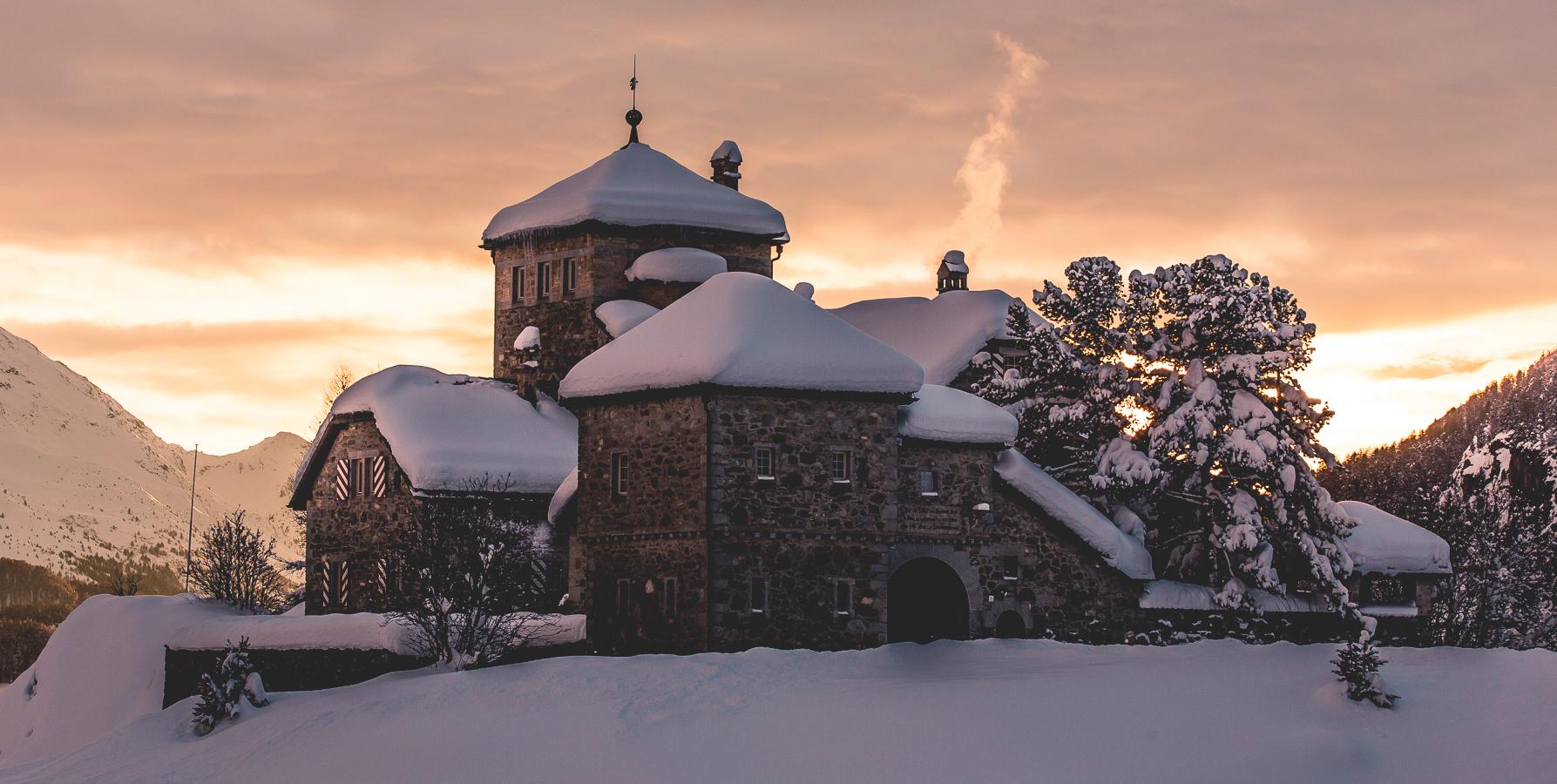 Castle_Haribo_StMoritz_Sunset_SilvanoZeiter.jpg