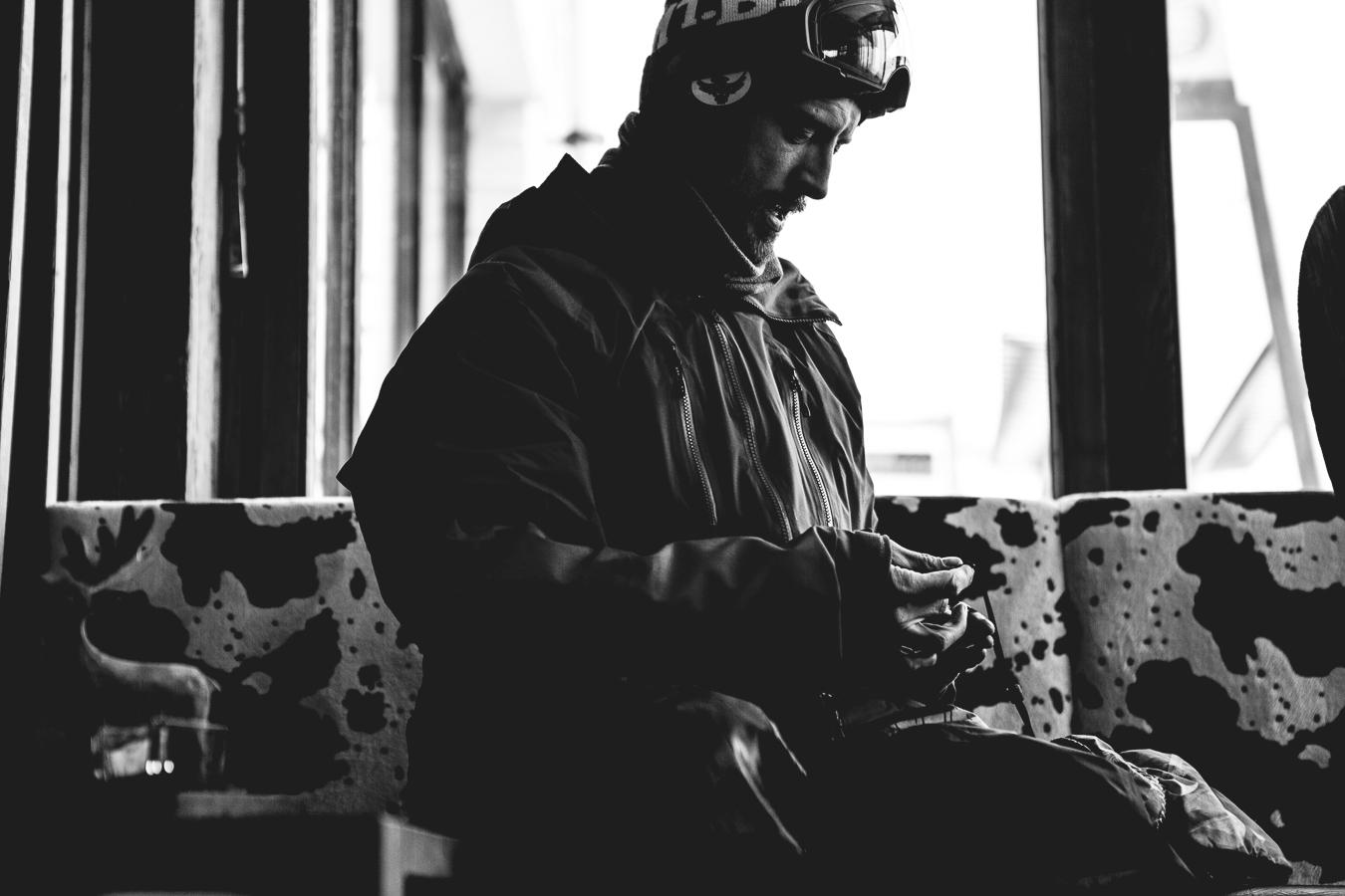 NicolasMüller_Portrait_Snowboard_StMoritz_SilvanoZeiter_2.jpg
