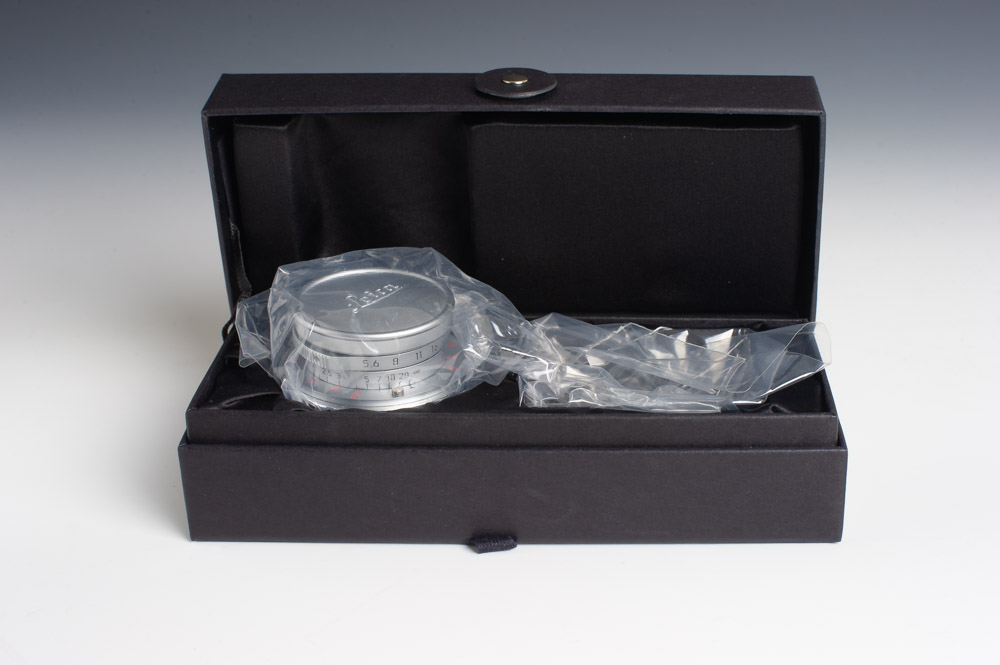 Leica 28mm Summaron in its Presentation Case