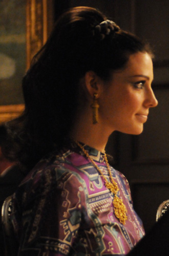 Mad-Men-Jessica-Pare-Megan-hair-braid.jpg