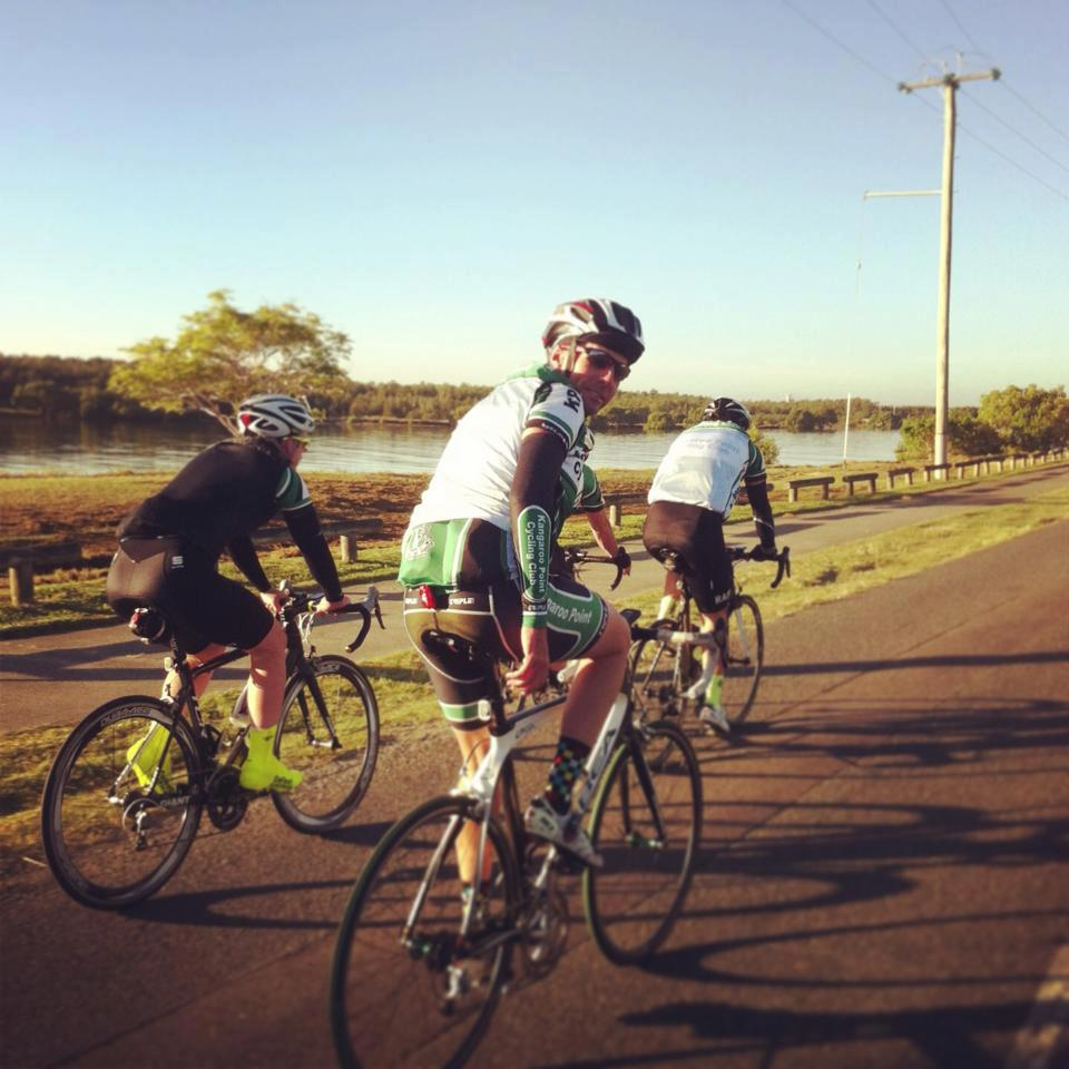 A quiet roll to Nundah for a bit of racing today with TeamKP!     — with   Dominic Doan  ,   Claire Hemming  ,  Ashley Everton  ,   Aaron Urquhart   and   Cameron Hemming  .