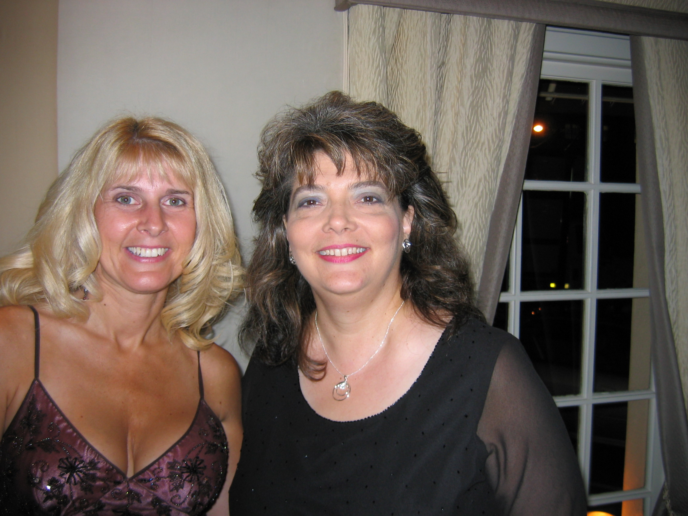 Toni with Suzanne Enoch.jpg