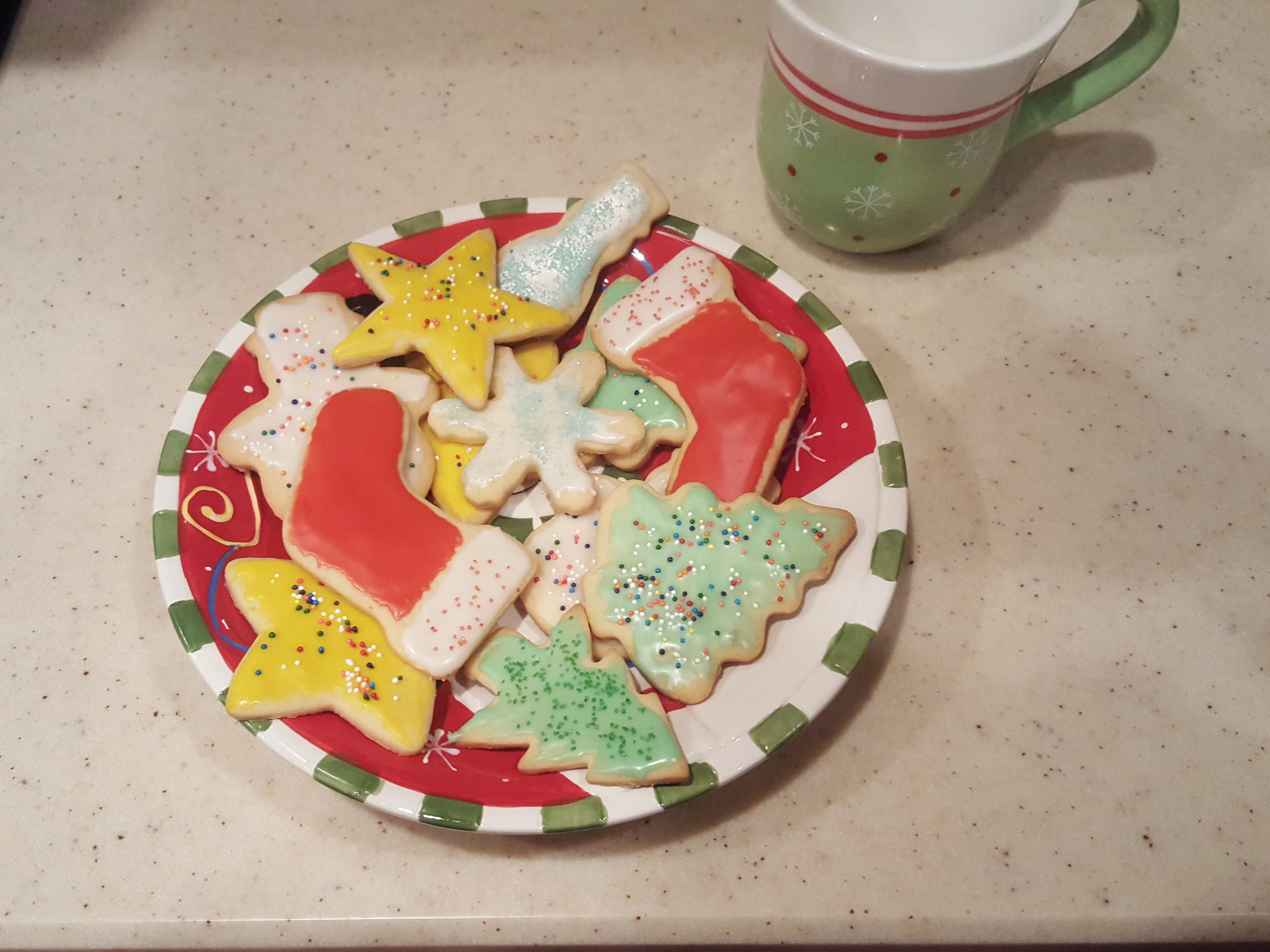 See more photos of Toni making her family's traditional cookie recipe on  the   Holly Lane   page