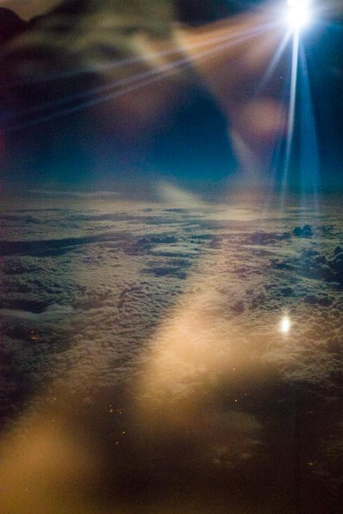 moonlight_airplane
