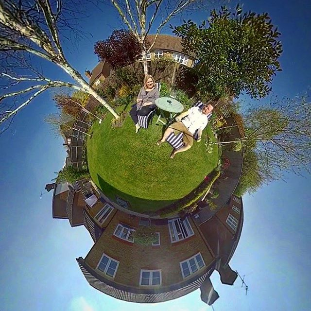360 Easter in the garden  #insta360onex #easter #drinks #relaxing #garden #england #insta #insta360 #tinyworld