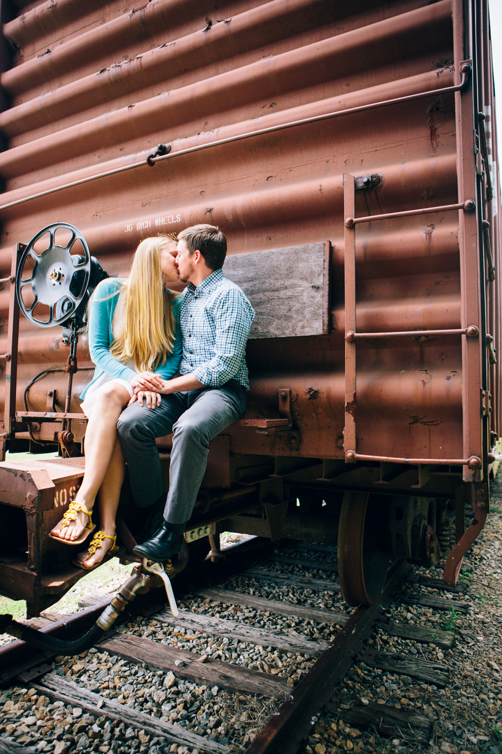 Emma_Brian_engagement_shoot-5.JPG