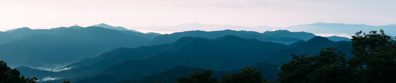 RGRphotography_Hostel_on_the_mountain_Atlanta_portrait_commercial_photographer-5715-2.jpg