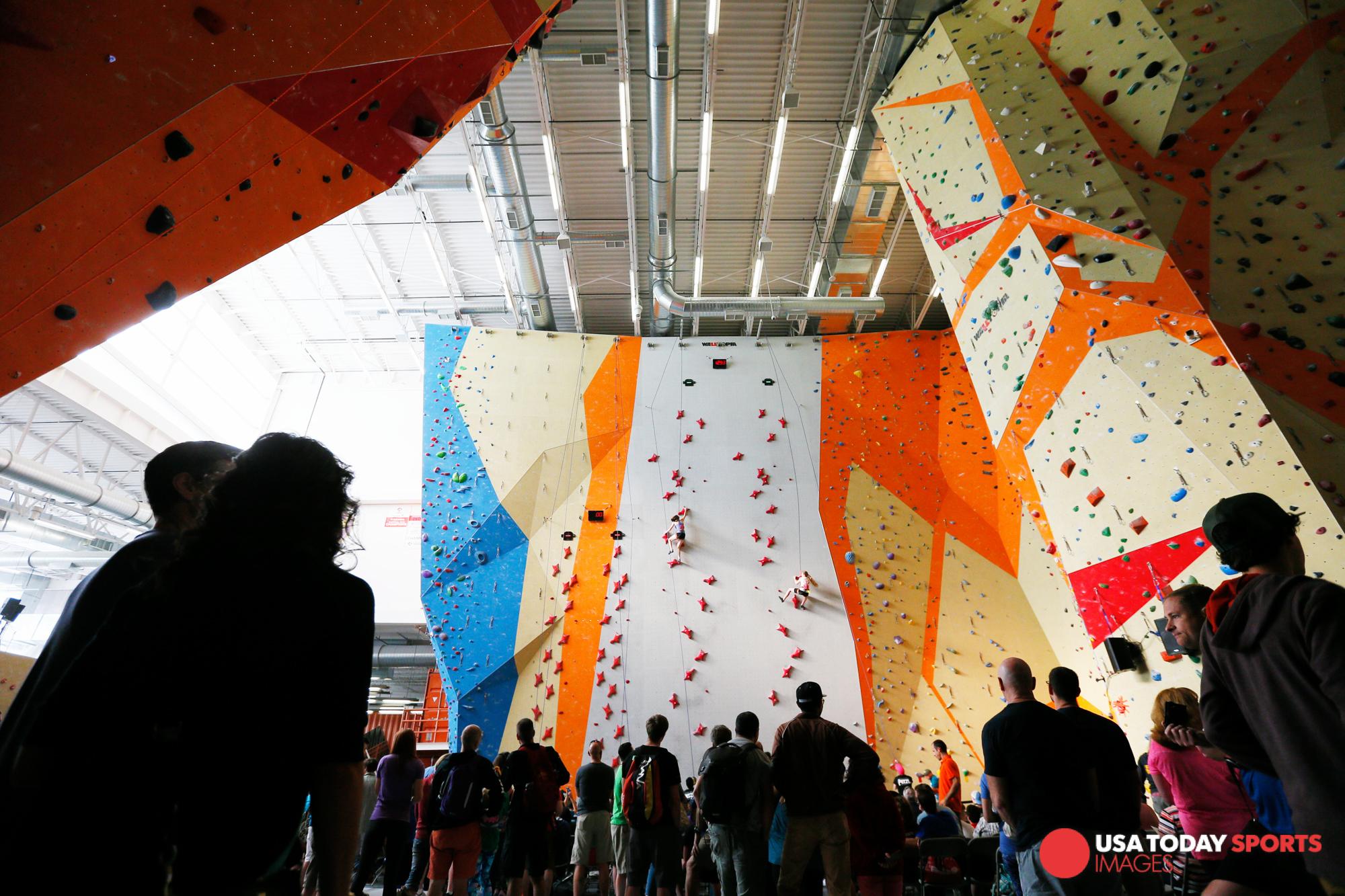 Garrett_Reid_atlanta_advertising_commercial_photographer_sport_and_speed_youth_national_chap_climbing-1.jpg
