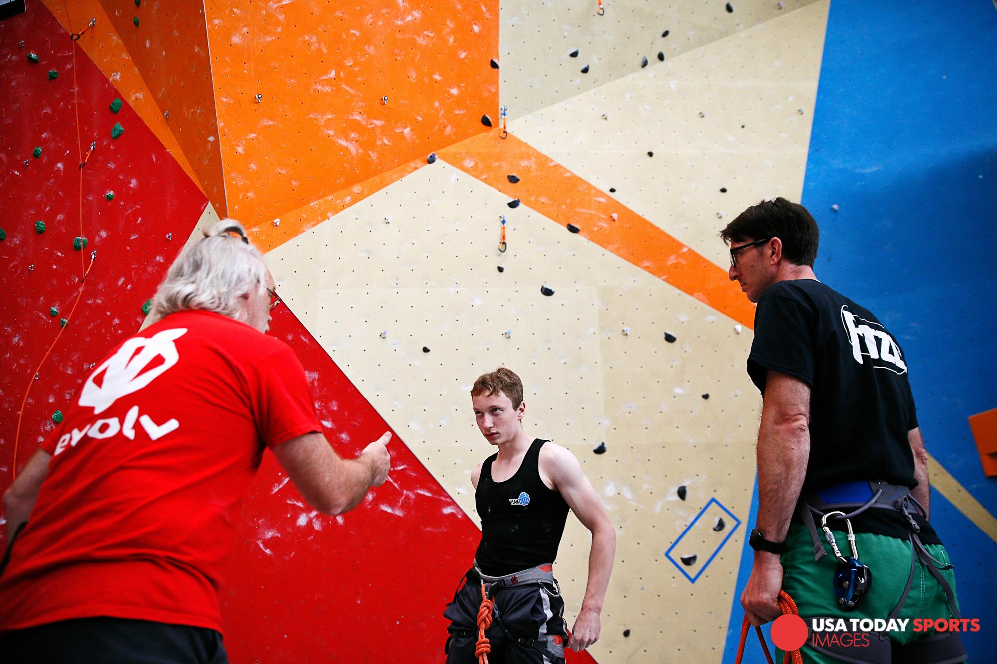 Garrett_Reid_atlanta_advertising_commercial_photographer_sport_and_speed_youth_national_chap_climbing-17.jpg