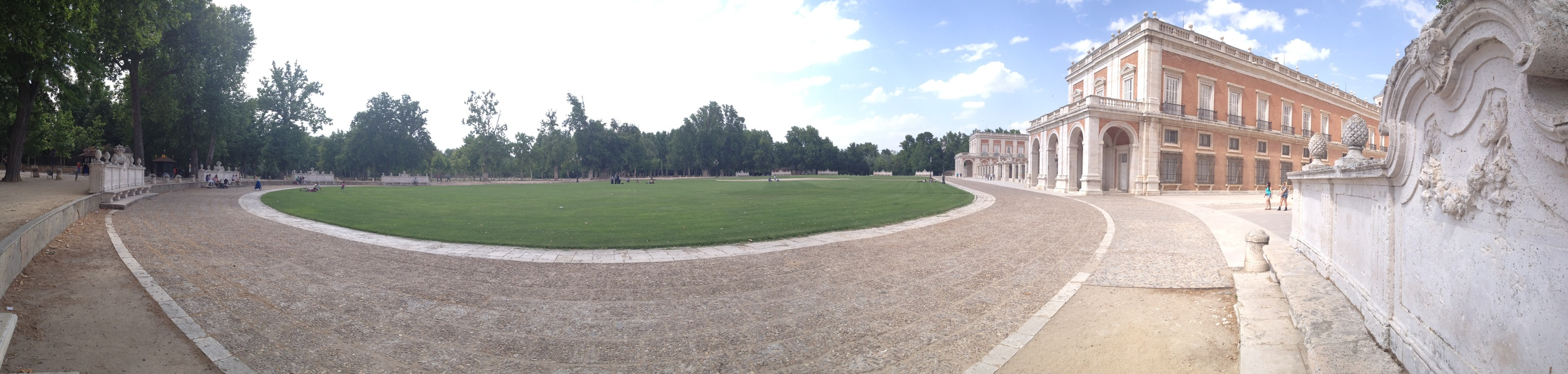 The back courtyard at Aranjuez.