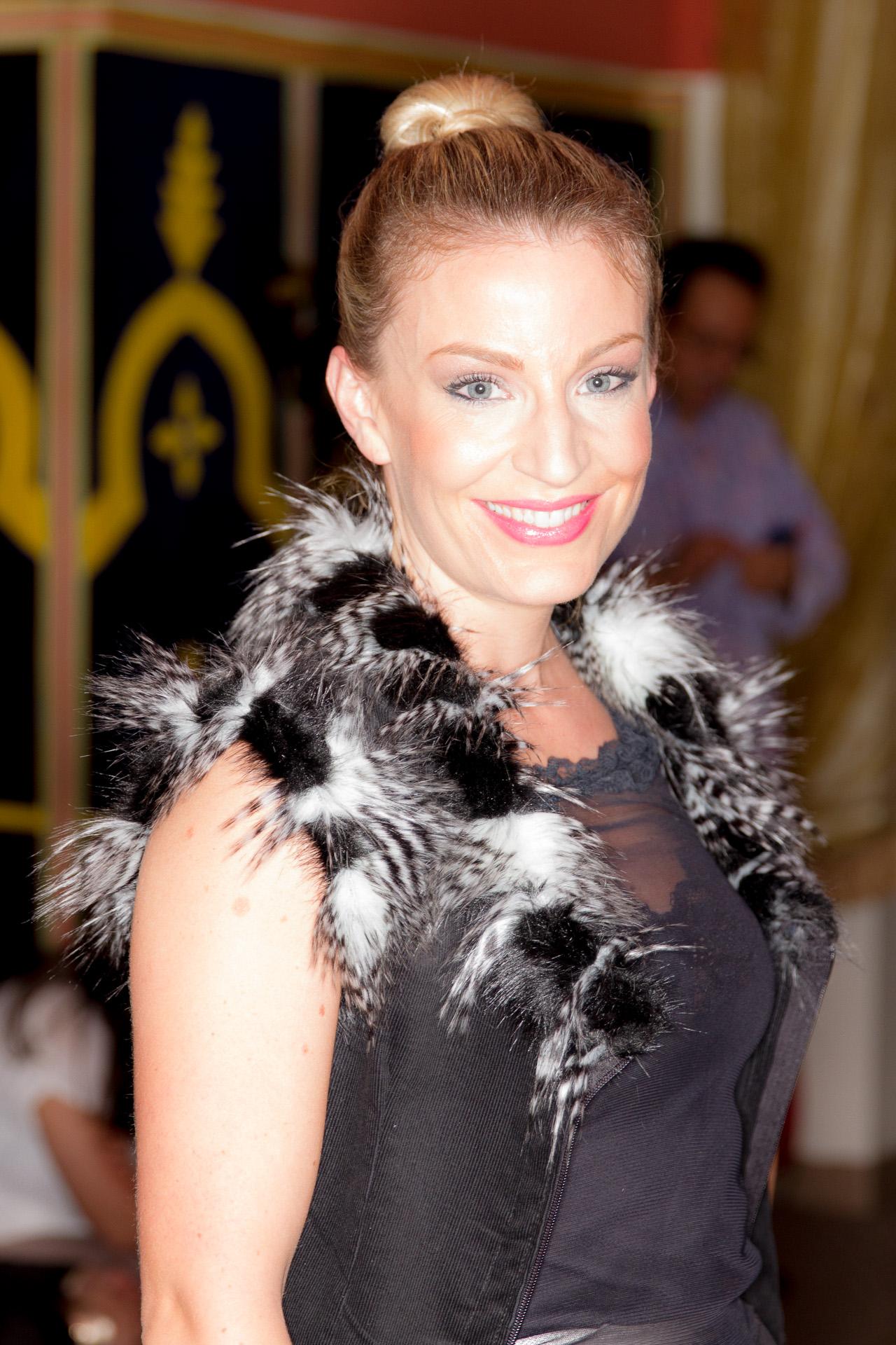 ScottiMarie-20121213-IMG_1897.jpg