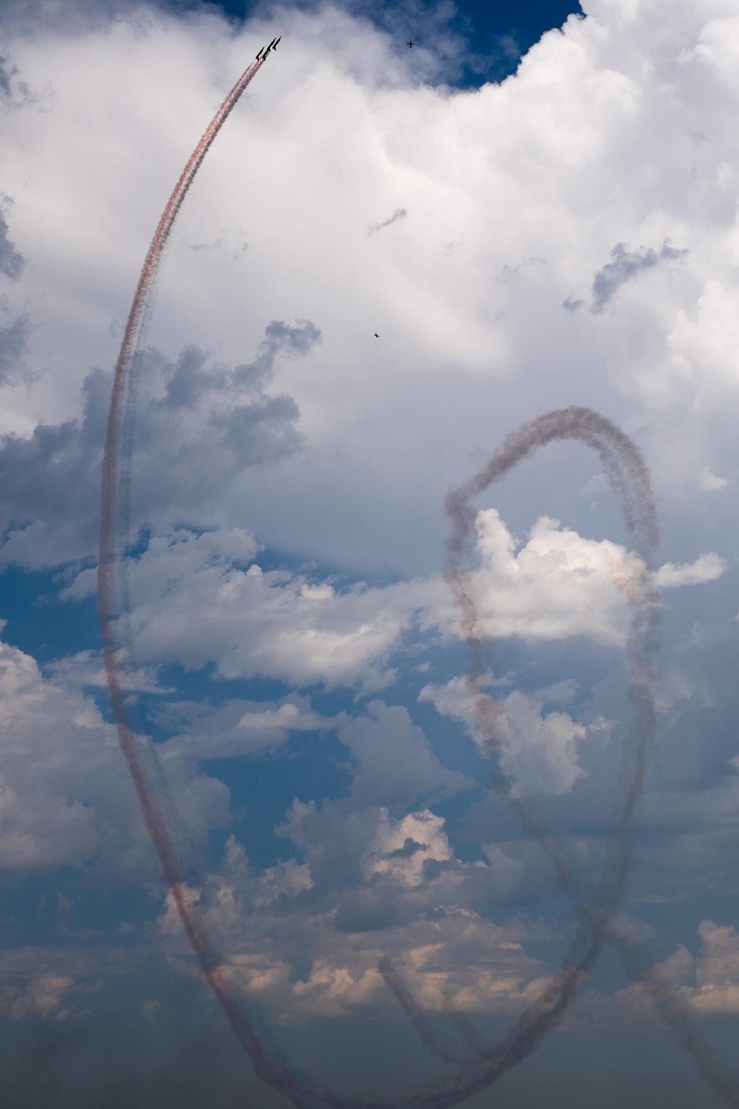 Airshow loop