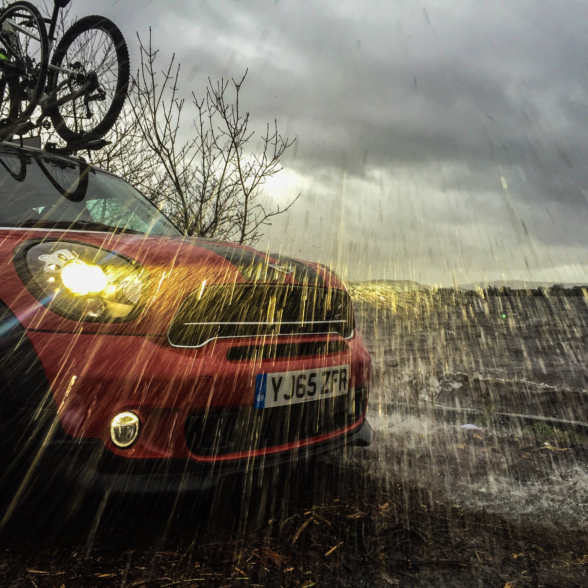 Great British MINI Adventure Day 6 - Getting Hit by Waves and Rain on Loch Lomond