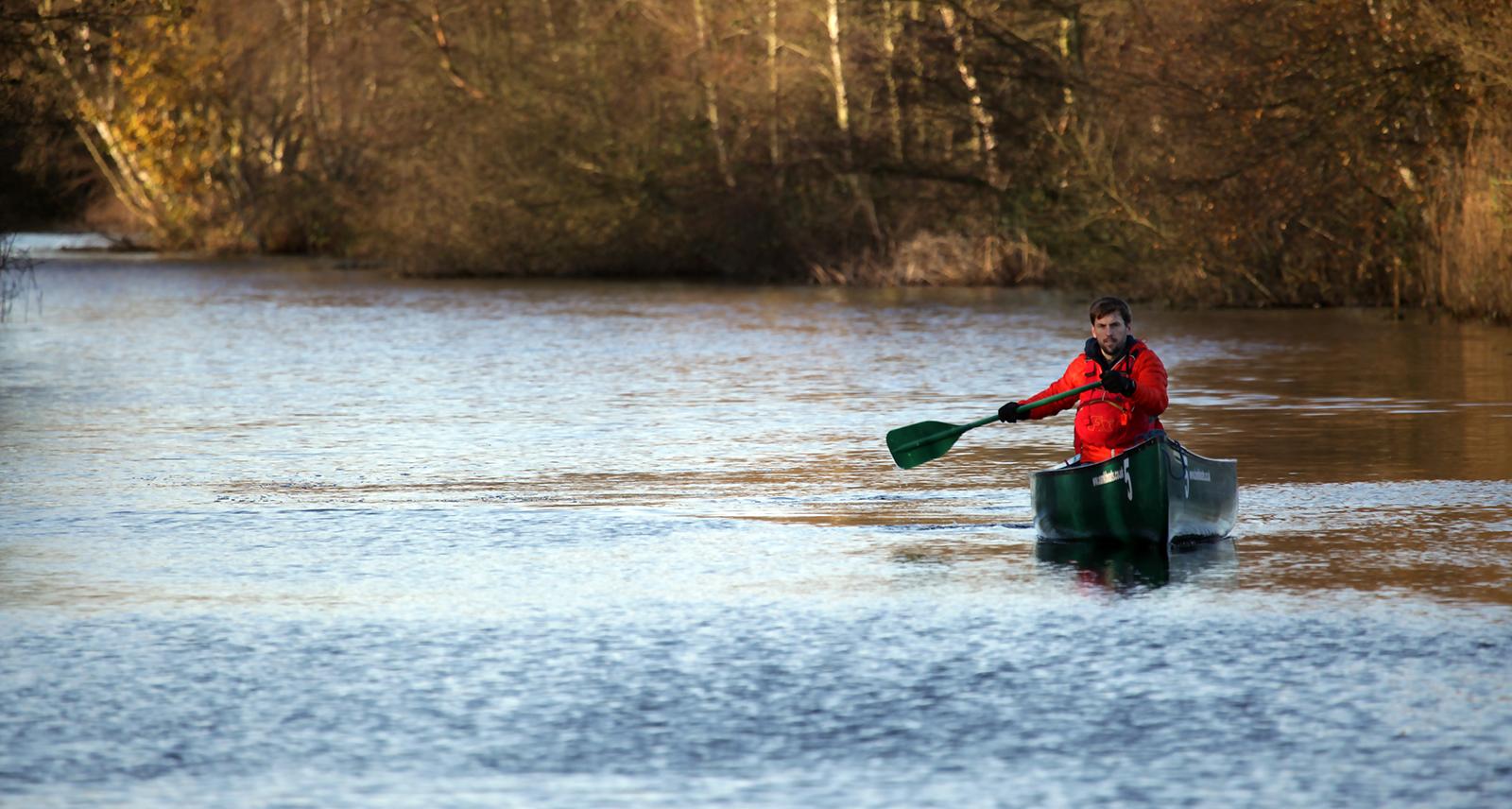 Great British MINI Adventure Day 1 - Canoeing in the Broads