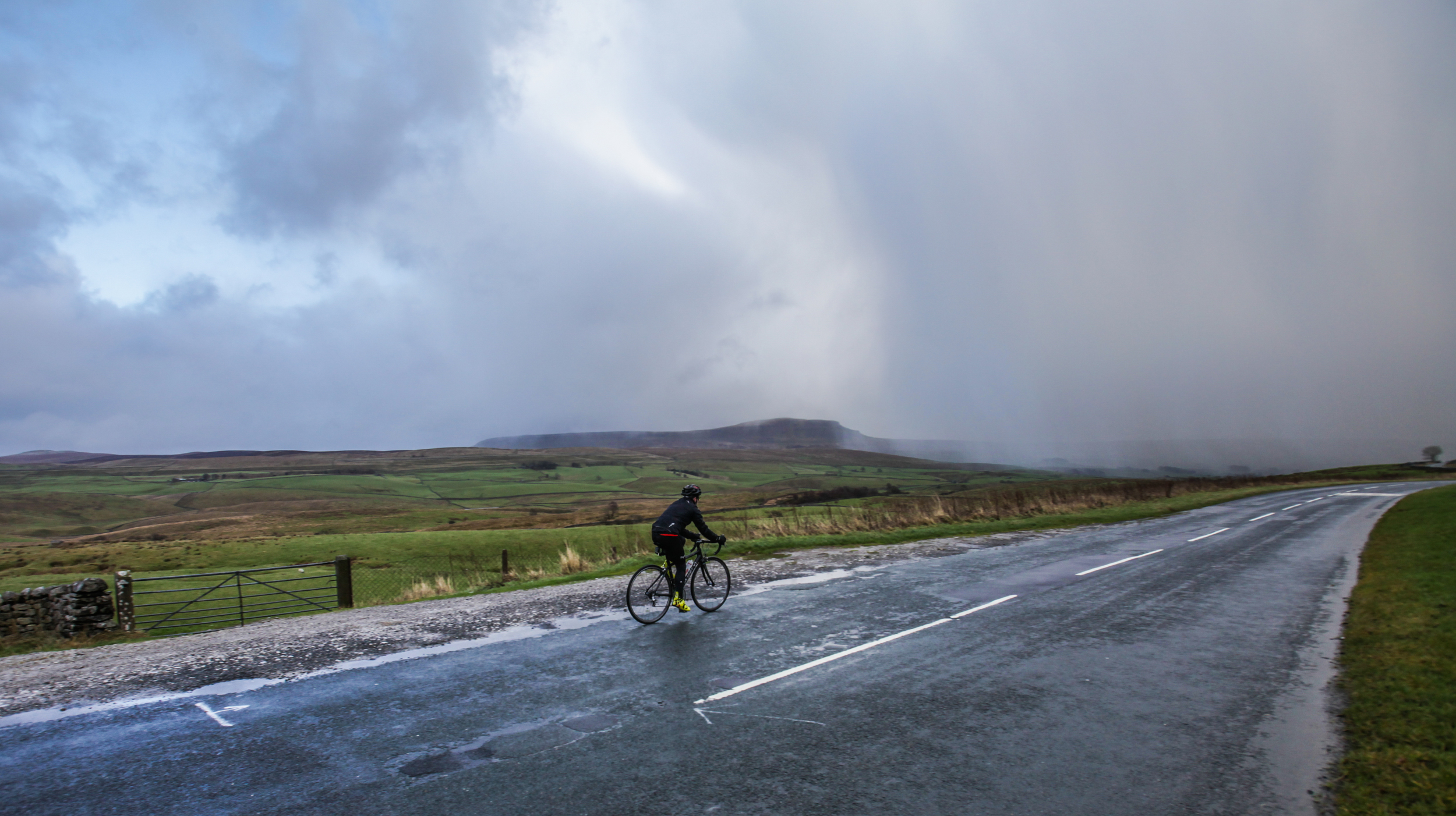 Great British MINI Adventure Day 8 - Ribblehead and the Three Peaks Cycle Route, Yorkshire Dales