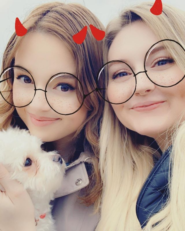 Is it bad that I miss Canada 🇨🇦 already? And of course @laraegitman and Bisco! 💕 . . . . #bestfriendgoals #wifey #sisters #puppies