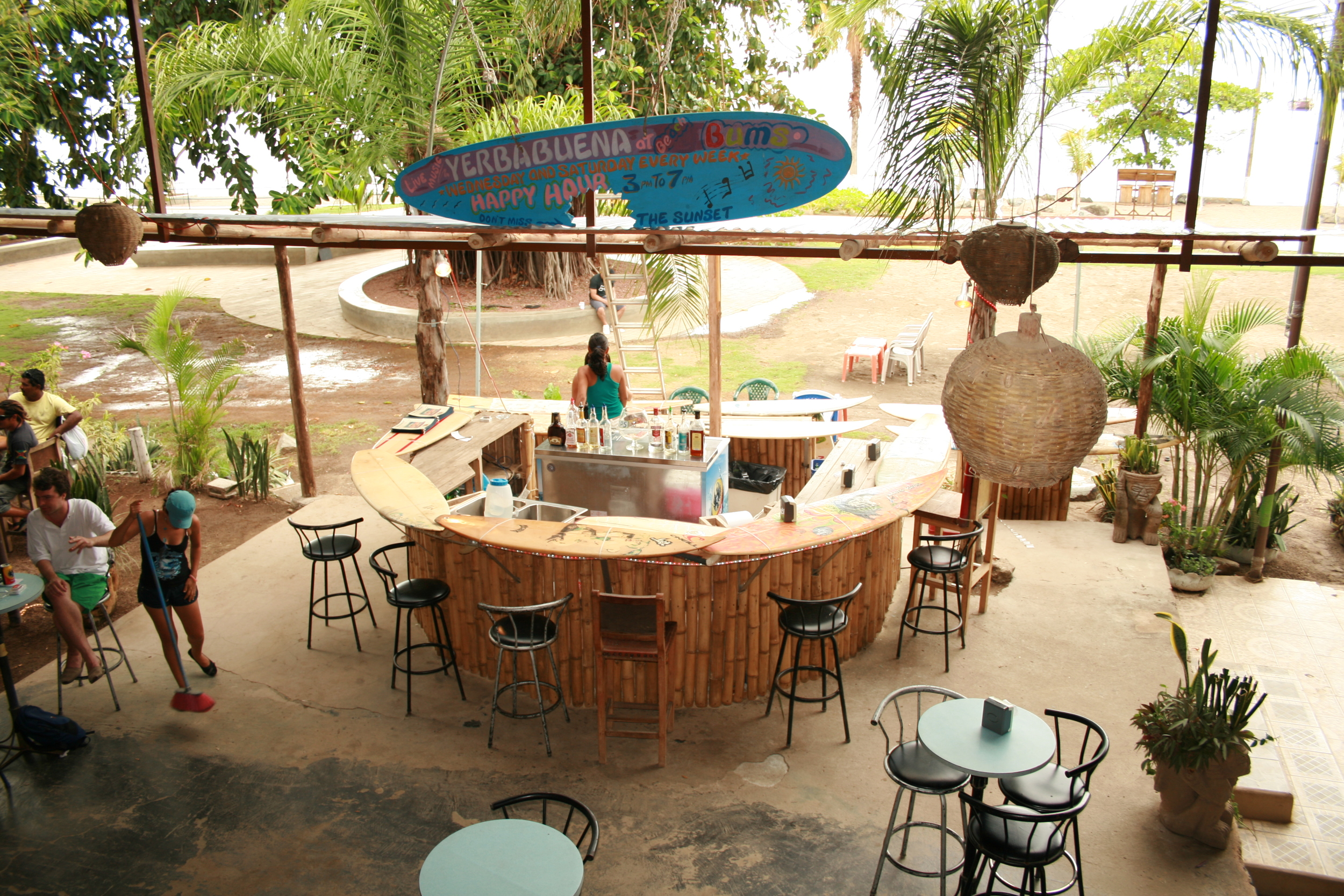 Bar at Beach Bums