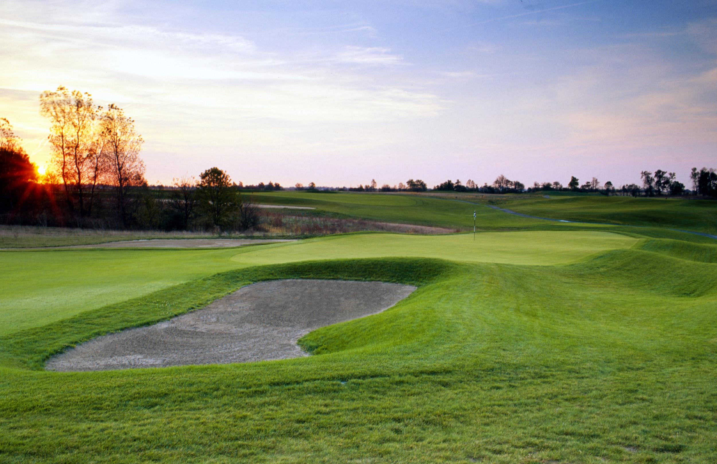 Golf Hole #4   Par 3  194 Yards