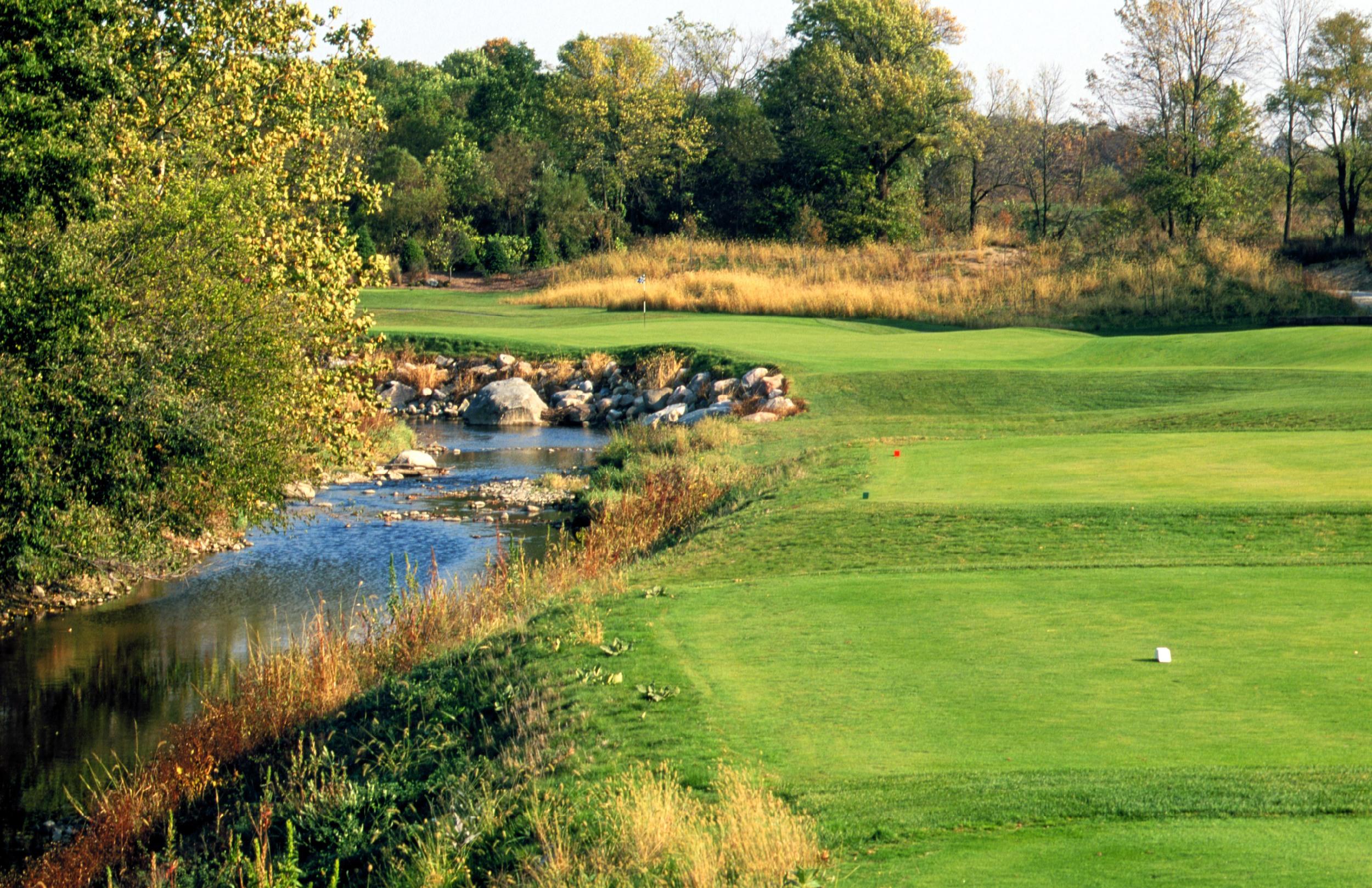 Golf Hole #14   Par 3  202 Yards