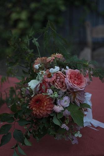 coral bouquet.jpg