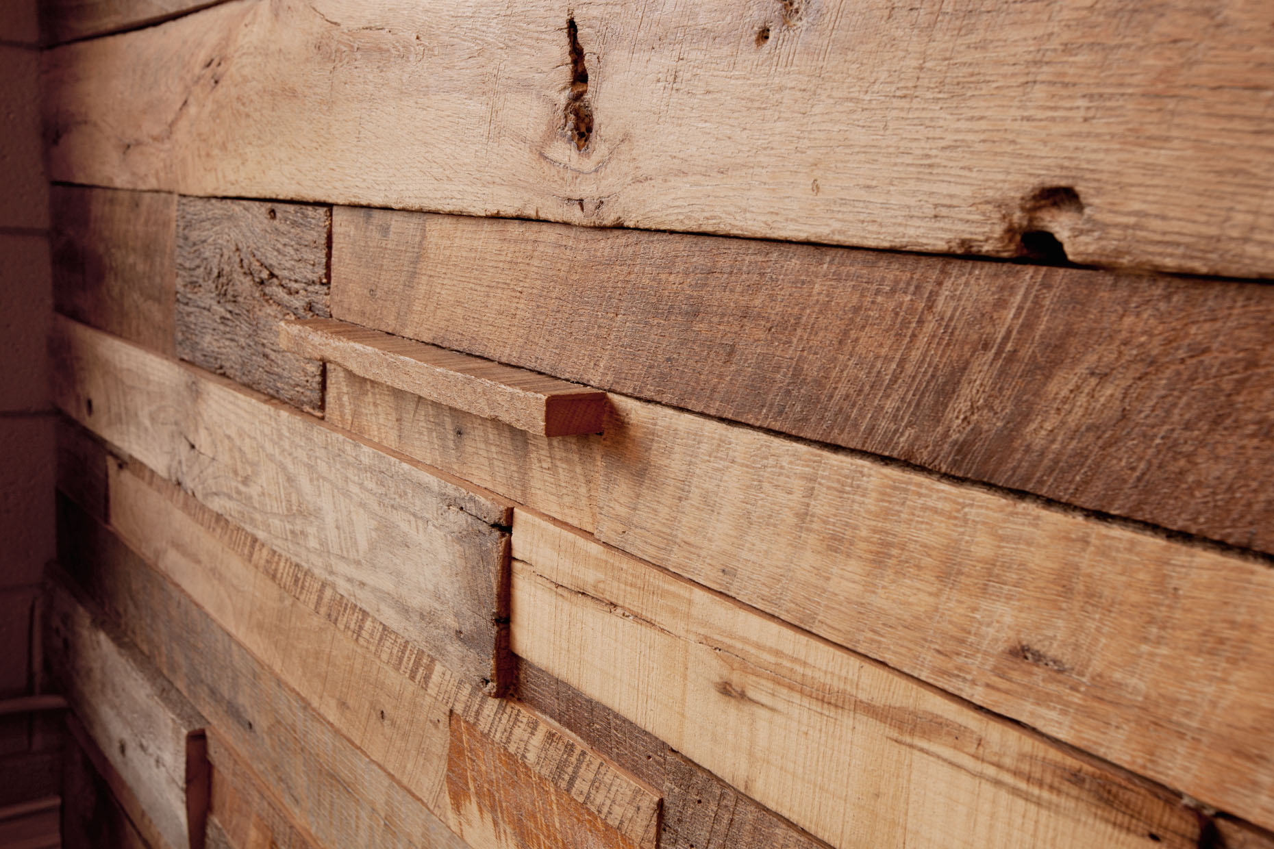 reclaimed_wood_hitsonandco.jpg