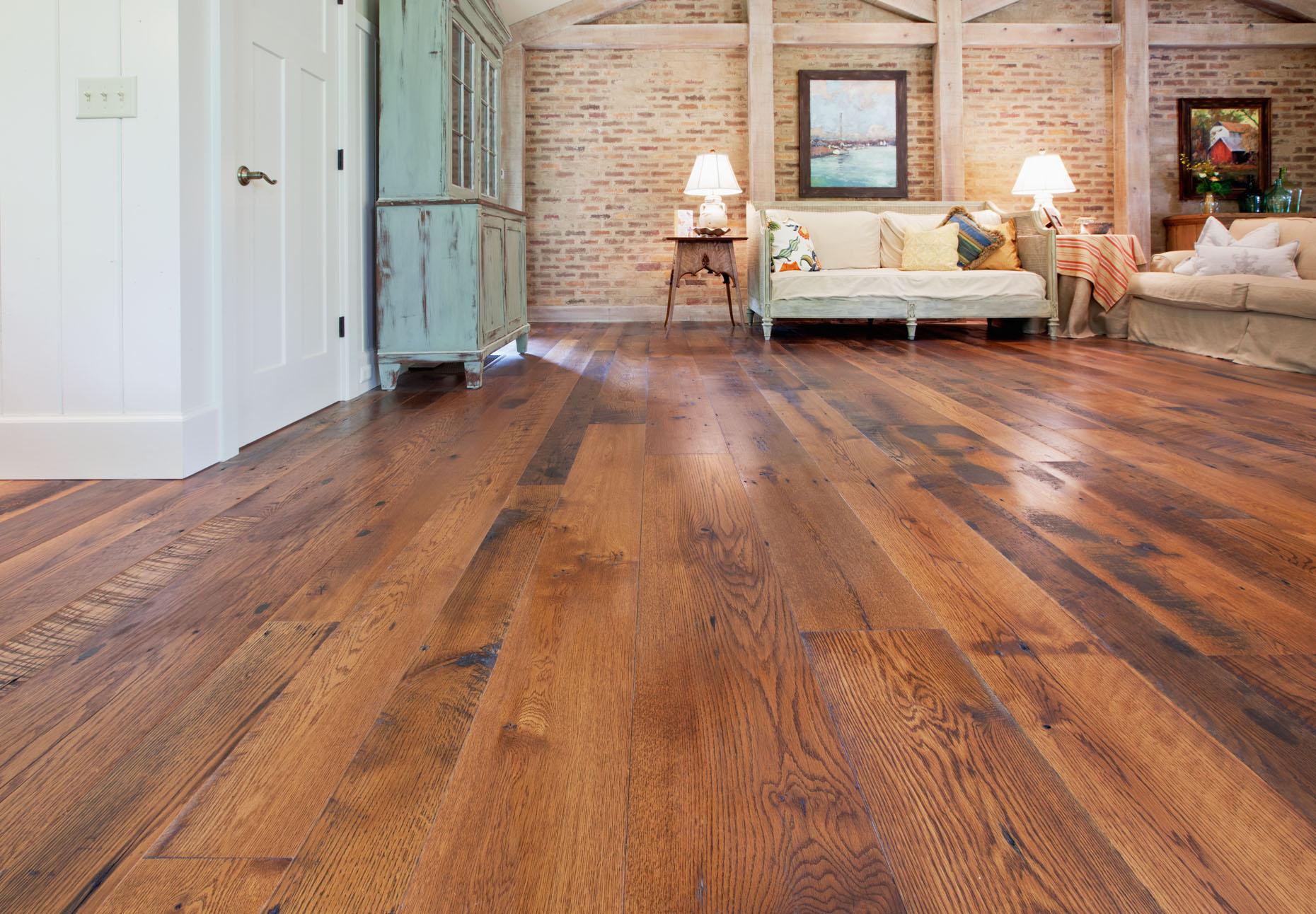 wide-plank_flooring_hitsonandco.jpg