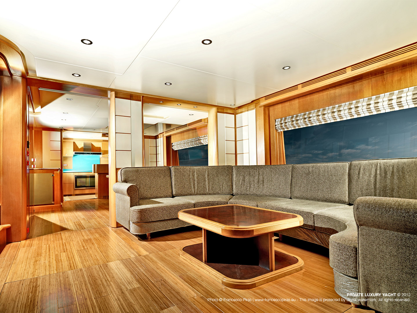 fpiras_luxury-yacht.jpg