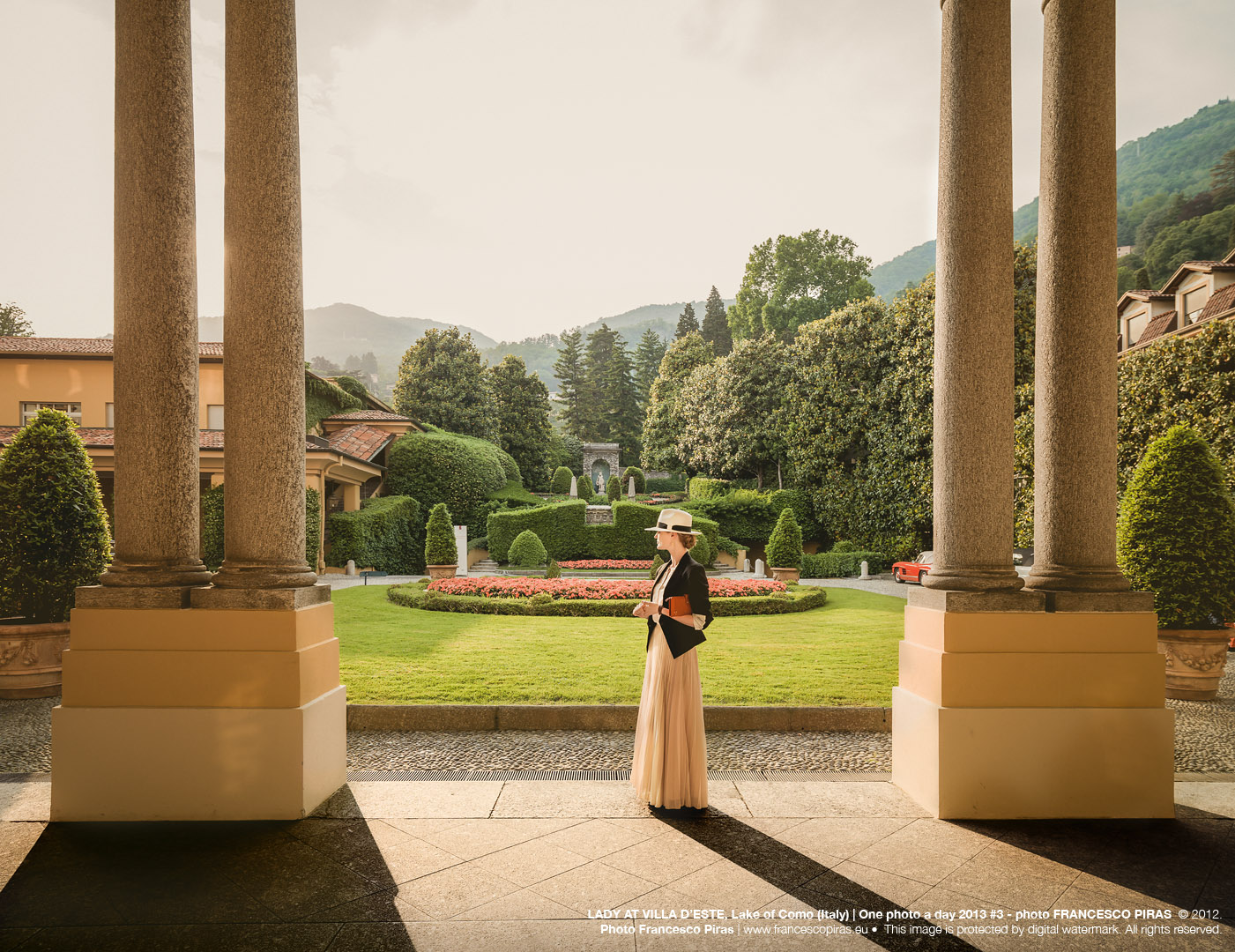 LADY AT VILLA D'ESTE, Lake of Como (Italy) | One photo a day 2013 #3 - photo FRANCESCO PIRAS © 2012. Photo Francesco Piras | www.francescopiras.eu • This image is protected by digital watermark. All rights reserved.