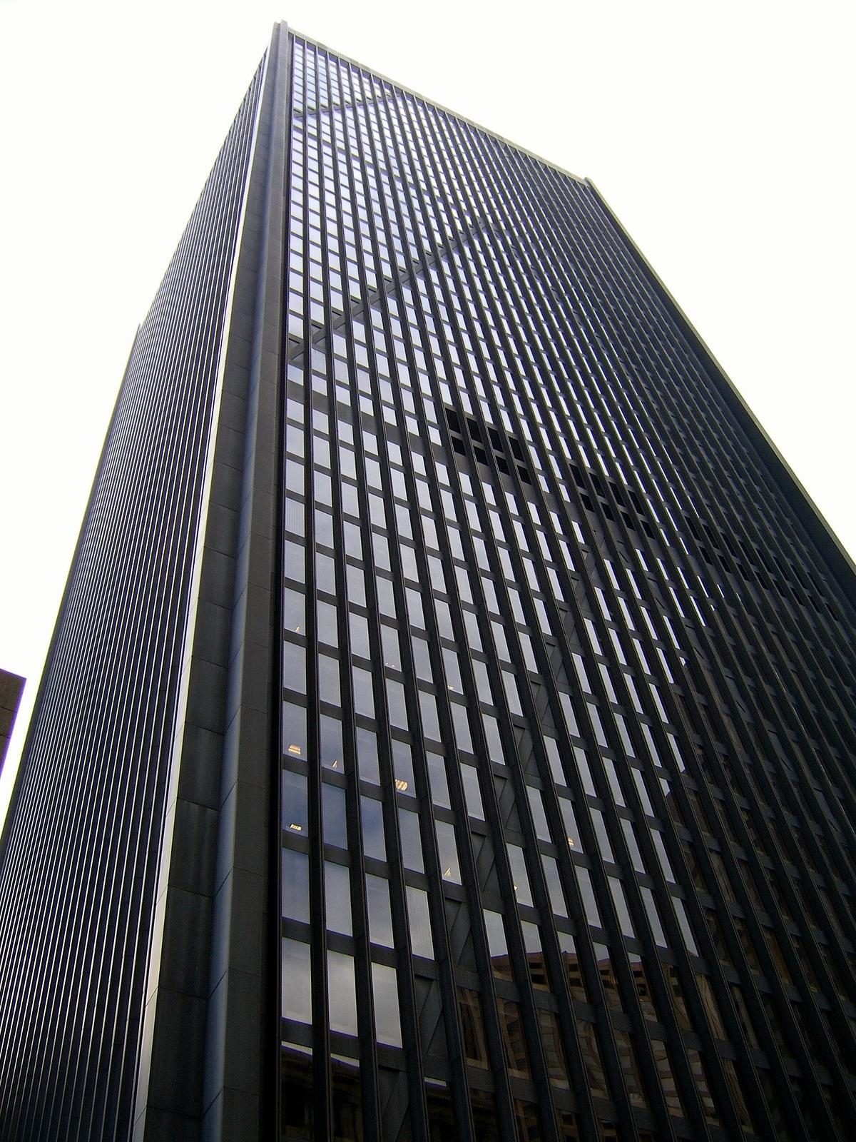 bigstock-Black-And-White-Skyscraper-322750.jpg