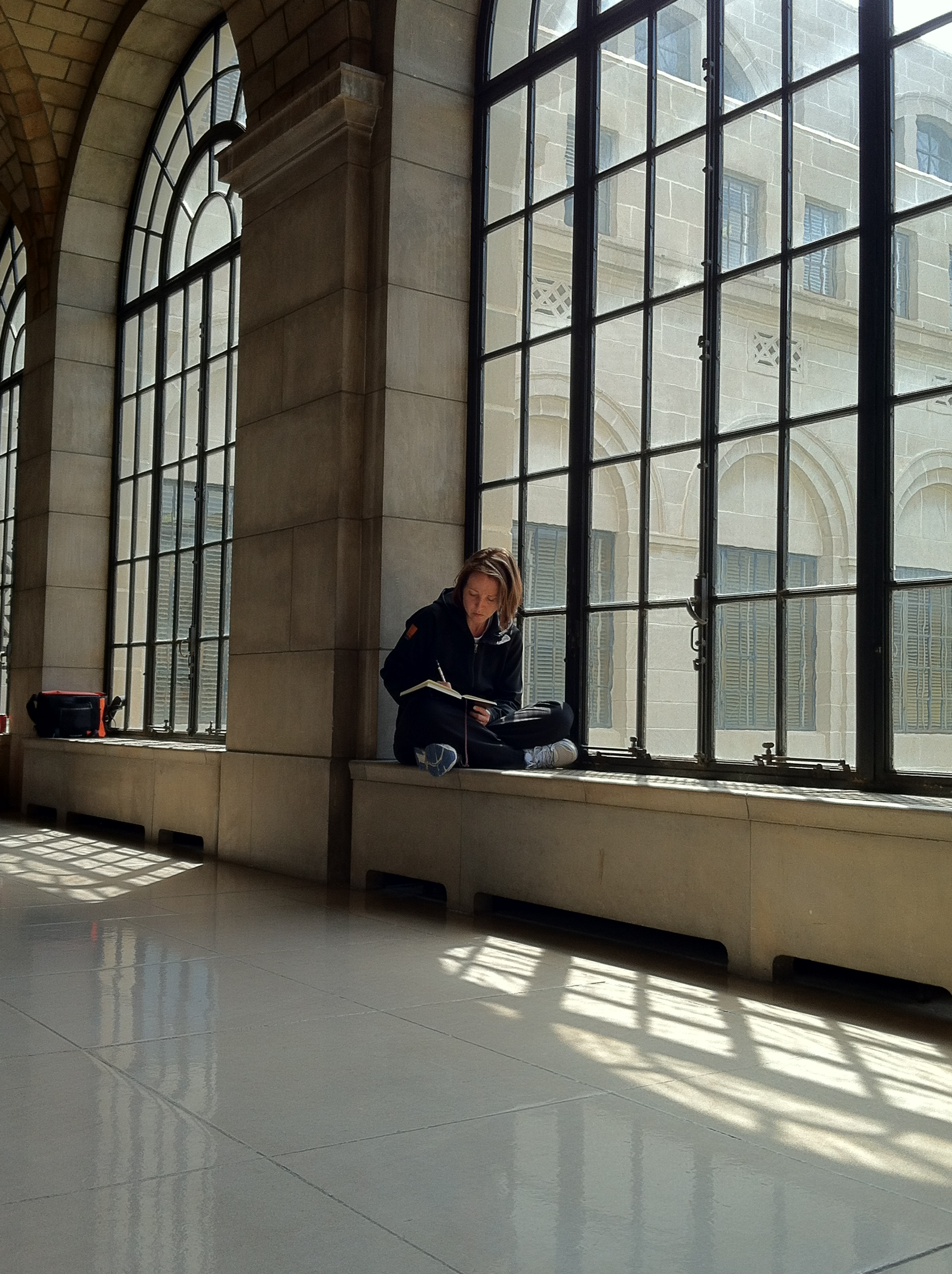 SKETCHING:  Anne Sinclair at the Nebraska State Capital
