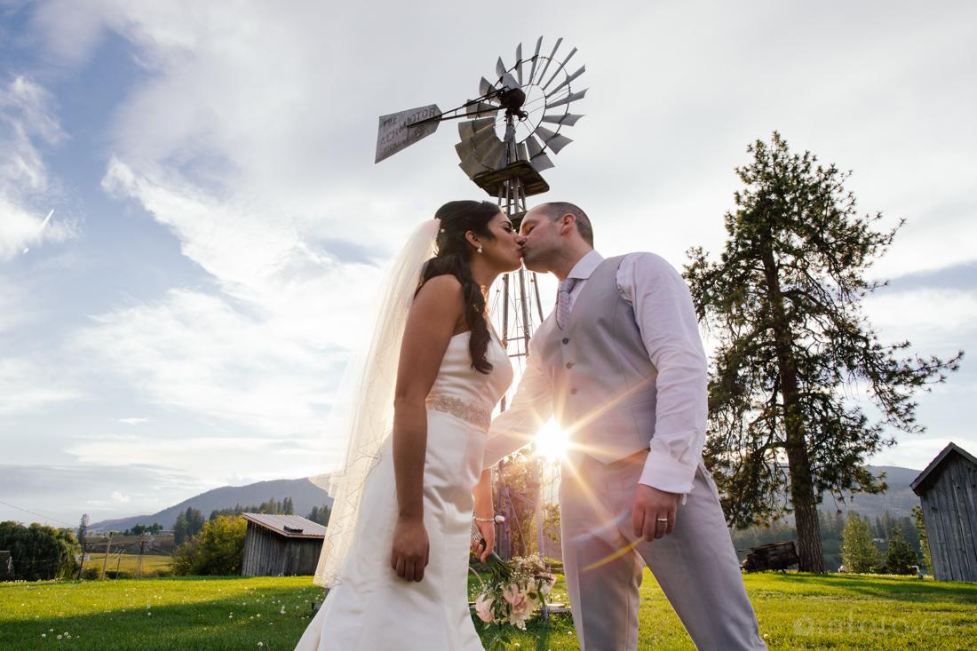 mfoto.ca_jill_sheldon_wedding_o'keefe_ranch-0831.jpg