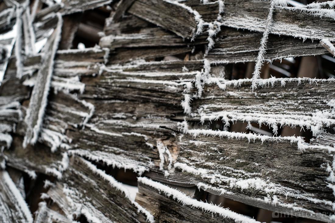 hoar_frost_old_barn--7.jpg