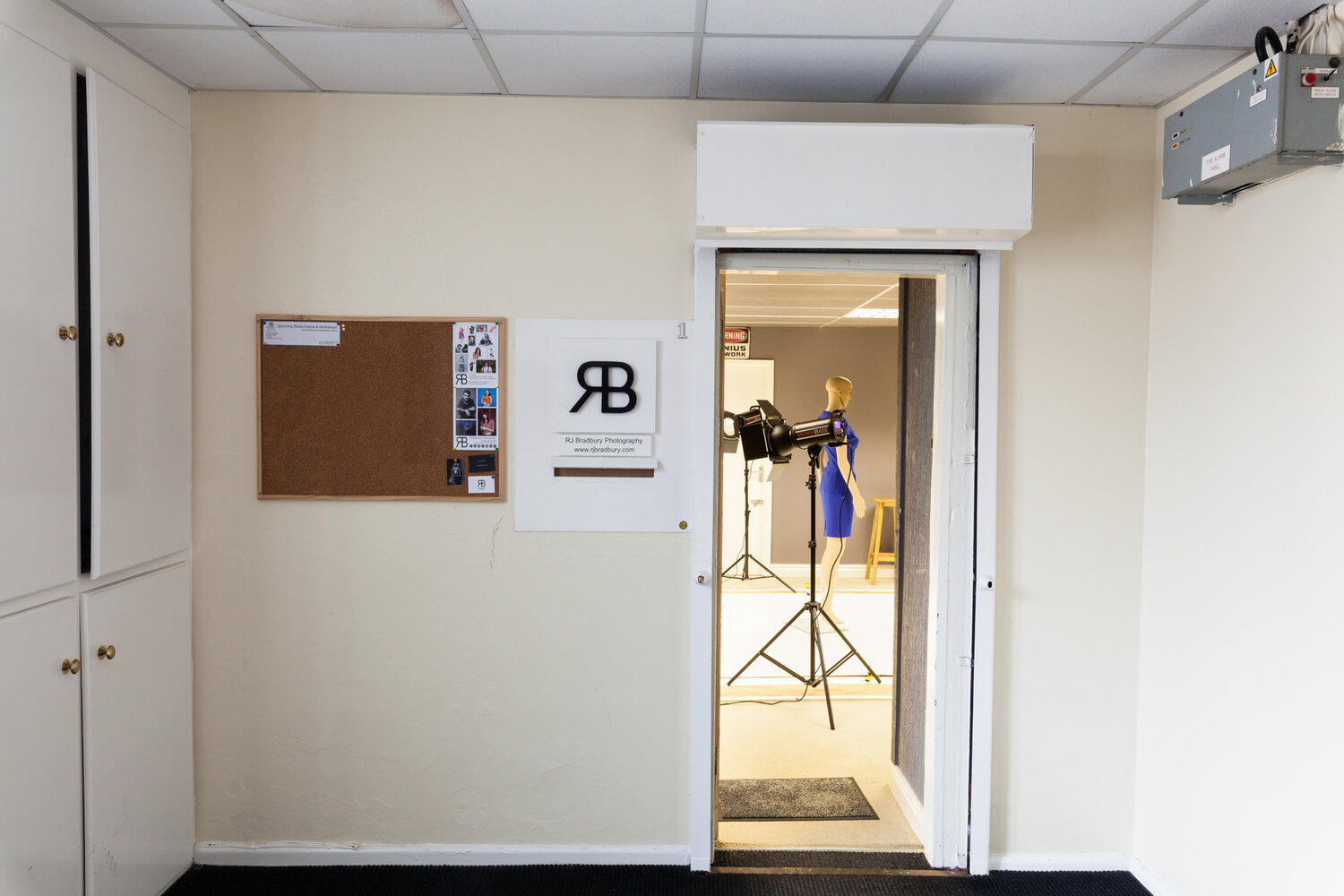 Studio Hire Stockport - Hire a well equipped studio for your next shoot.  Basic & Assisted Hire available.