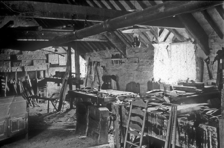The Workshop at Pinbury shared by Ernest and Sidney Barnsley and Ernest Gimson c.1895.
