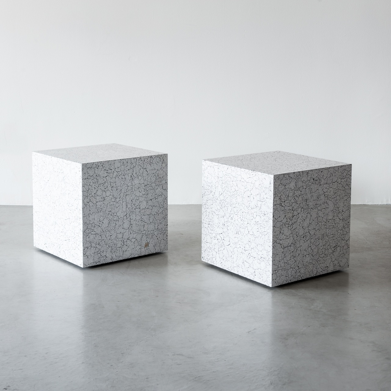 DIXON SIDE TABLES