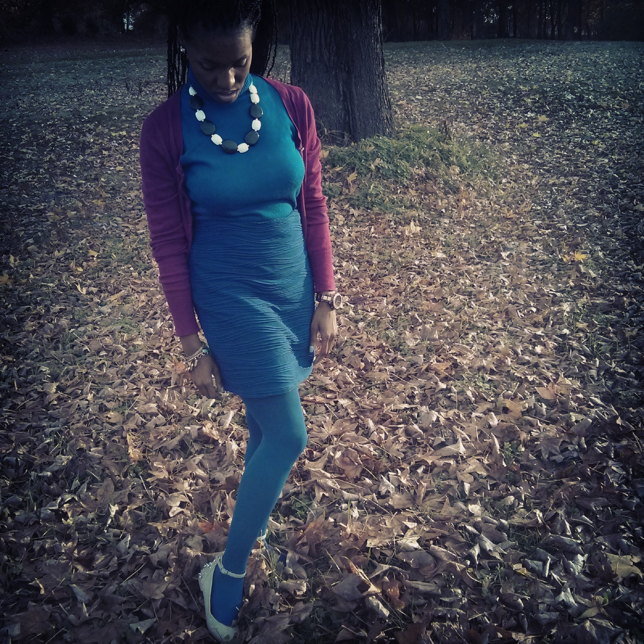 shirt: vintage; skirt: Forever21; tights: HUE; shoes: Bakers; cardigan: Express; necklace: thrifted