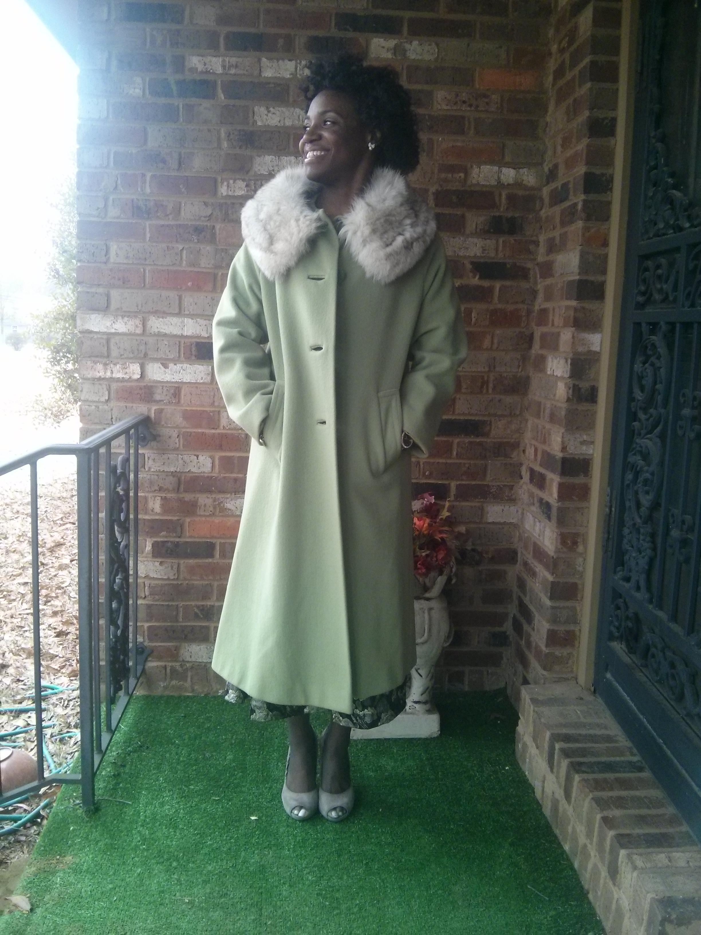 vintage-coat-fur-collar