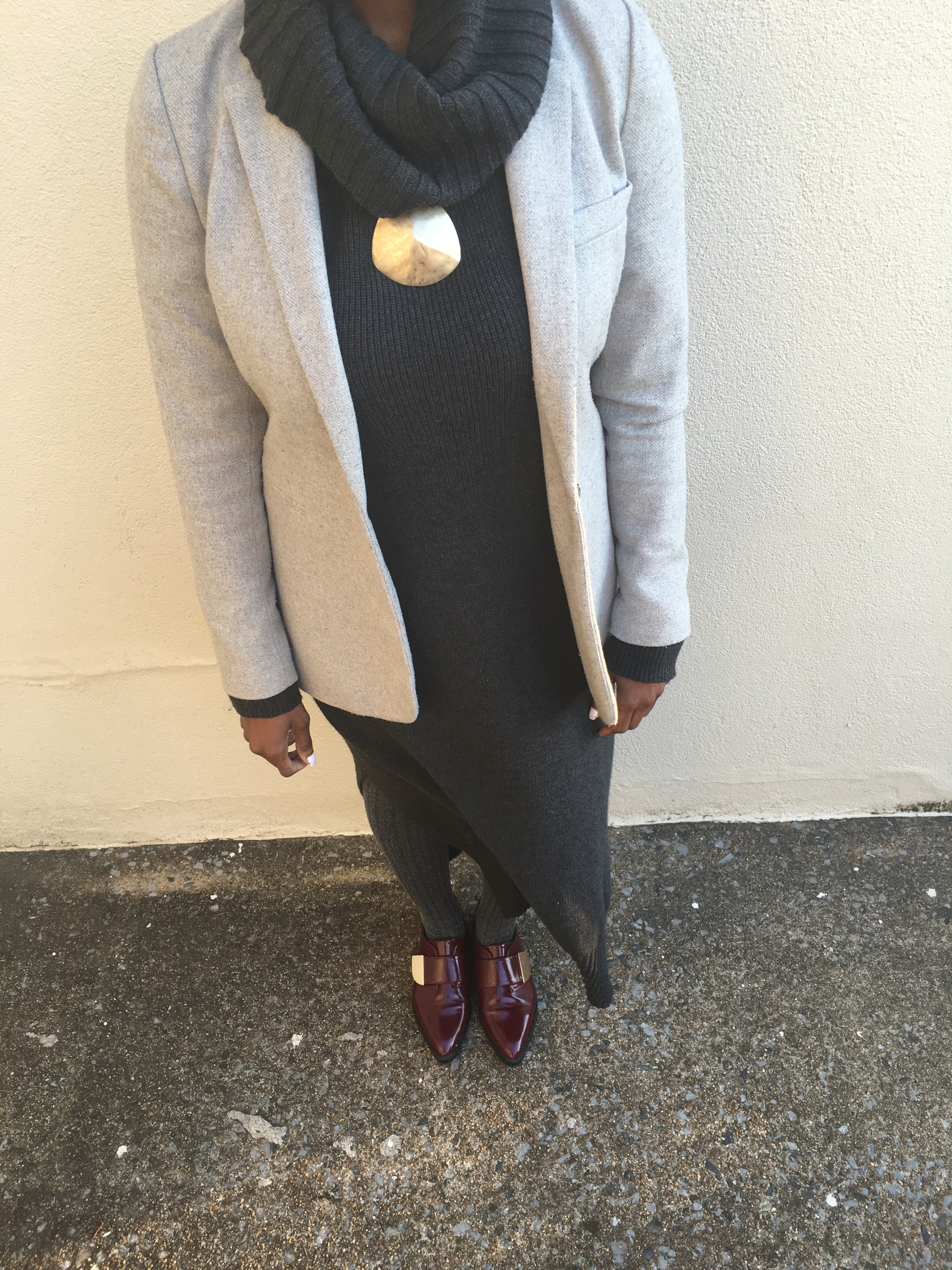 outfit deets - maxi dress: gifted c/o H&M ( here ) ; shoes: Aldo ( here ) ; blazer: Banana Republic ( here ) ; necklace: thrifted c/o Goodwill ( here )