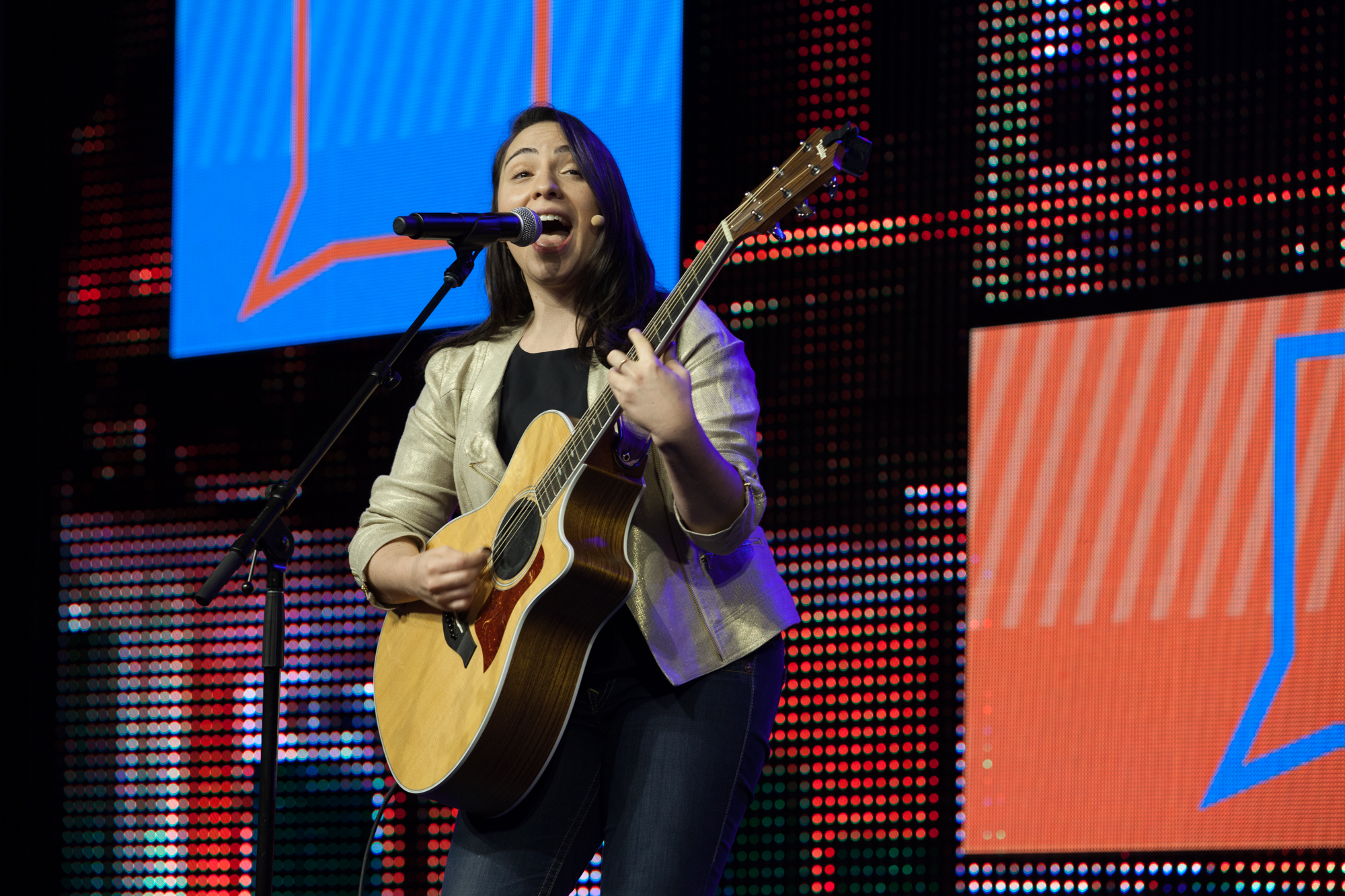 Singer/songwriter and new CO-OP credit union spokesperson Daria Musk