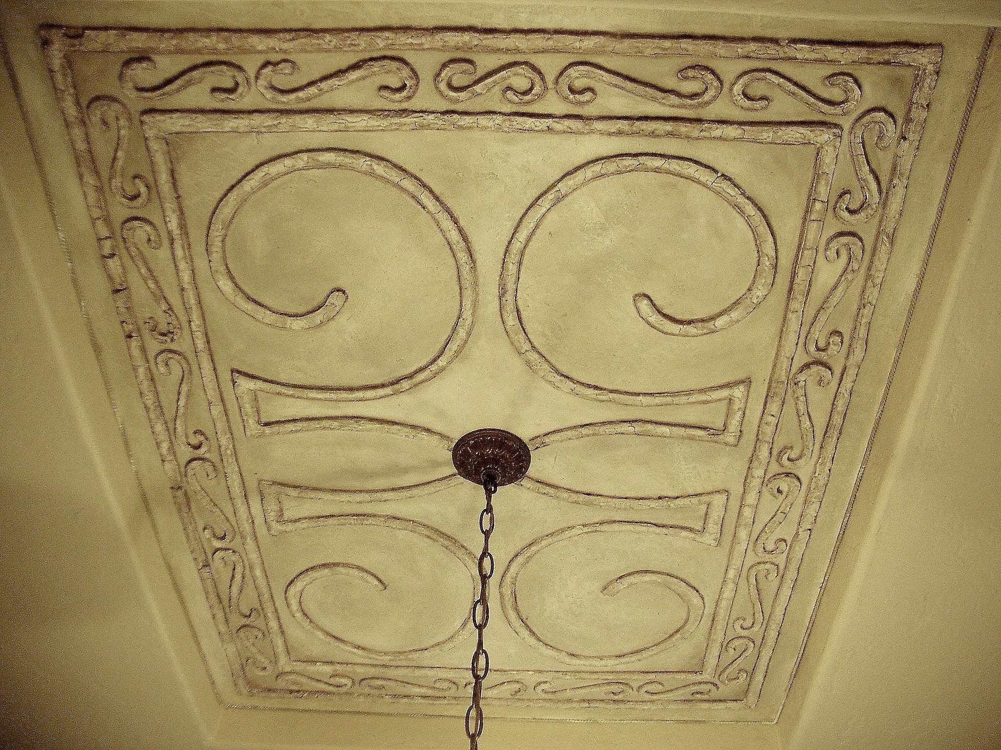 raised plaster design for dining room ceiling.jpg