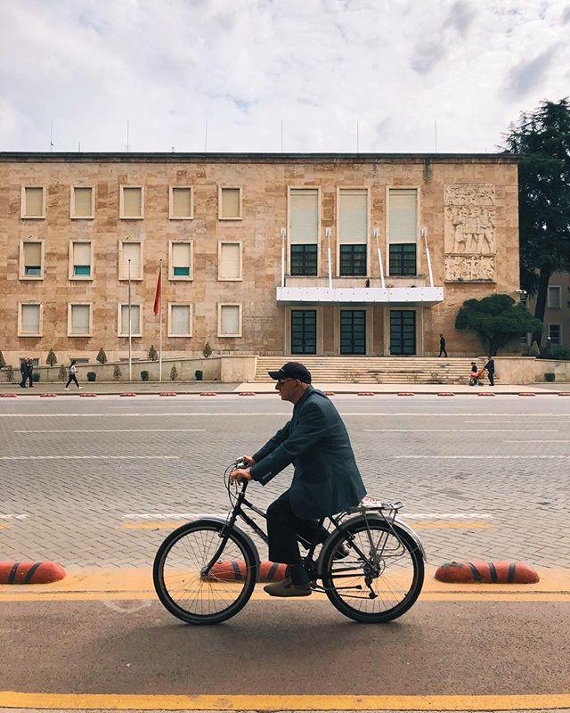 Tirana, Albania تيرانا، ألبانيا