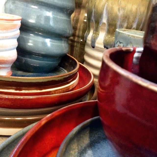 Sometime in October or November Im going to hit the milestone of welcoming my 1000th speedpotter to my studio in little over 18 months of running my speedy ceramic pottery experience. To mark the occasion, Ill be inviting my 1000th speedpotter and their guest to each choose a piece of my work as an additional take-home. If you fancy booking a session, swing by my #designmynight listing and maybe see you in a few weeks! November dates just released. https://www.designmynight.com/london/whats-on/classes/adult-speed-pottery-ceramics-throwing-taster-sessions-for-2-people?t=tickets  #datenightideas #patrickianhartley #pottery #ceramics #giftideas #experiences #giftexperiences #bathpotters #scarvapotterysupplies