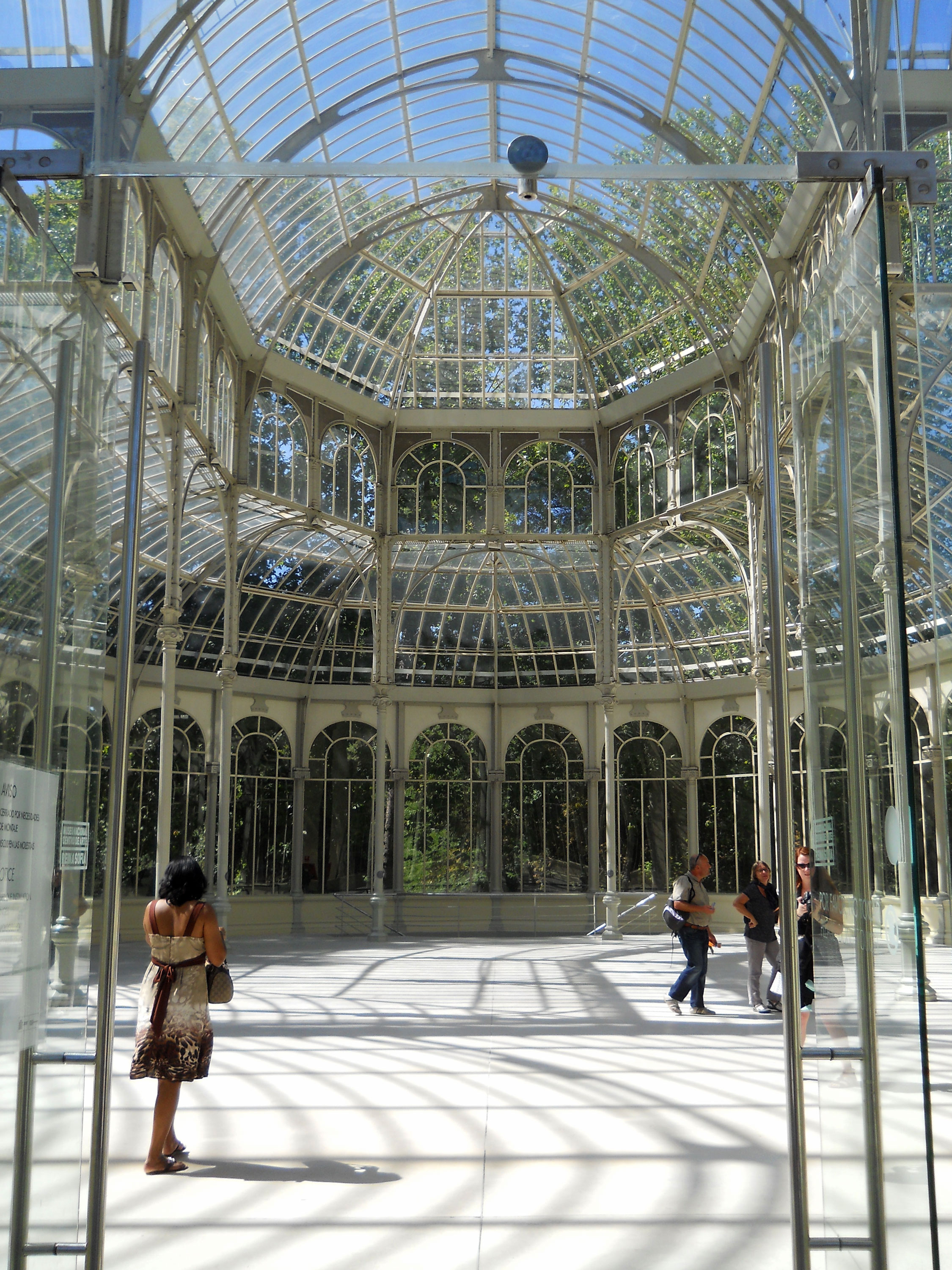 Inside the Cristal Palace. Honestly, I would have loved to see this in the London rain. Could you imagine the music it would make in rain?